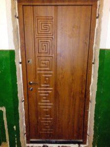 Двери входные Каменское установка ул. Симферопольская