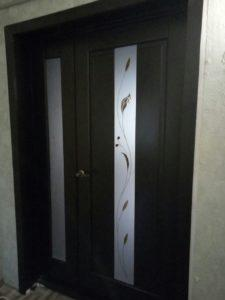 Установка межкомнатных двухстворчатых дверей Вольногорск